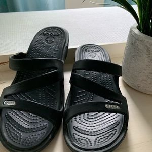 Croc slides